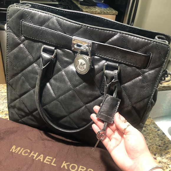 Michael Kors Handbags - Michael Kors Large Quilted Hamilton